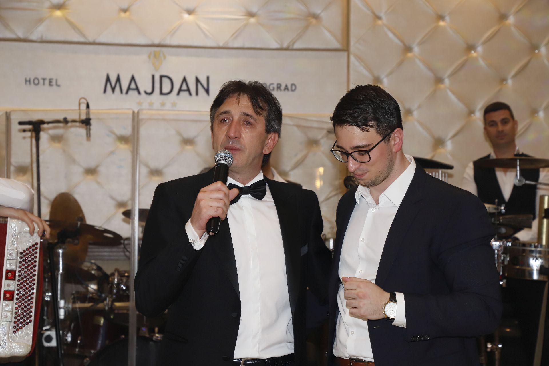 Žika Jakšić se rasplakao na promociji vina svog sina